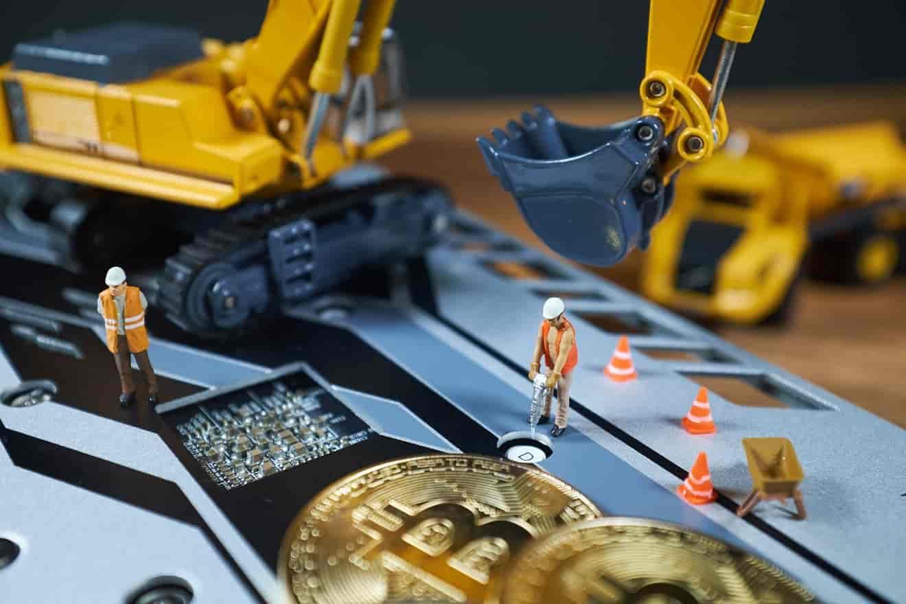 استخراج ارز دیجیتال بیت کوین و افزایش قیمت بیت کوین