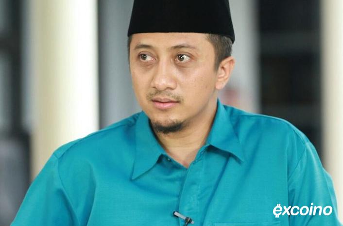 جمعان نورچتیب منصور در جوانی علوم شرعی خوانده ولی حالا یک اینفلوئنسر بازارهای مالی شده است.
