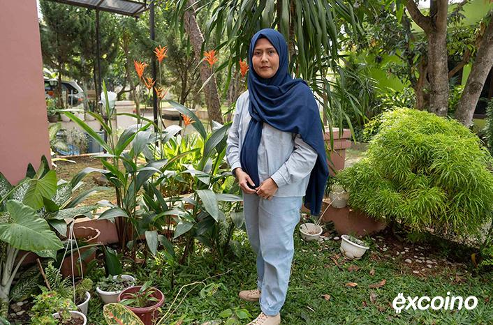 فطریه، خانم ۳۵ سالهایی که اکانت اینستاگرامی منصور را دنبال میکند با راهنماییهای او سرمایهگذاری میکند